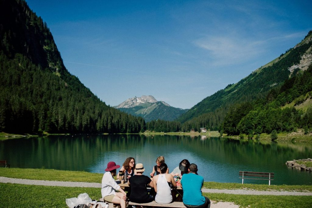 friends picnic at Lake Montriond in Morzine