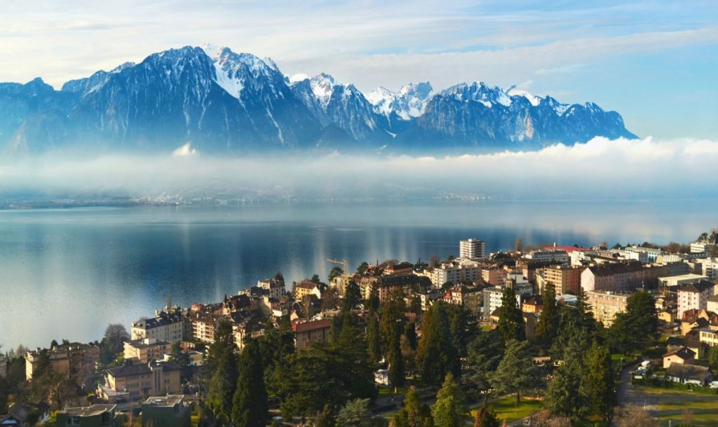 Montreux a stunning lakeside town near Morzine, sits aside the lake in the sunshine