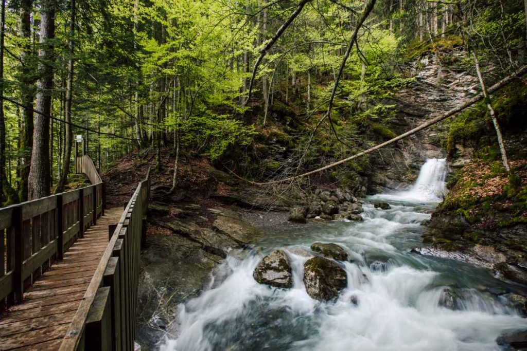 the upper plunge pool at Cascade de Nyon