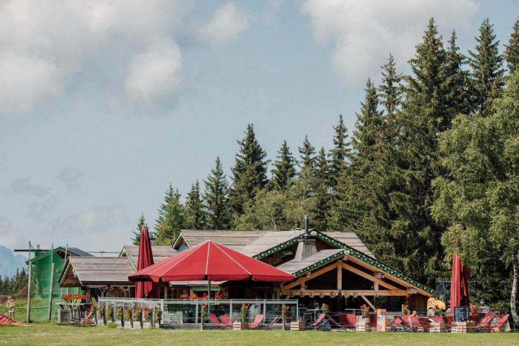 Le Vaffieu restaurant near the golf yard at the top of pleney telecabine